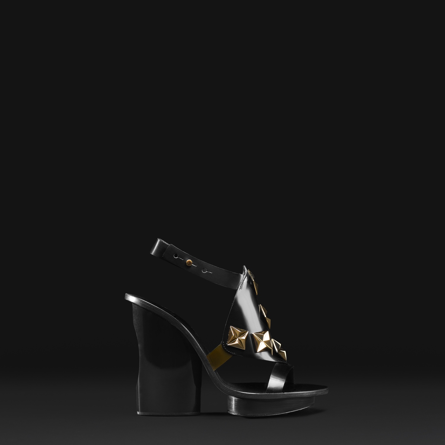 ALAINTONDOWSKI_FALLWINTER2015_SHOES_AT0020-B